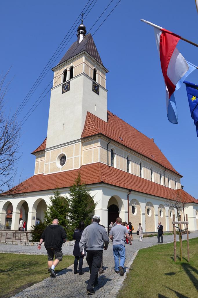 Kościół pw. NSPJ w Zagwiździu (1).jpeg