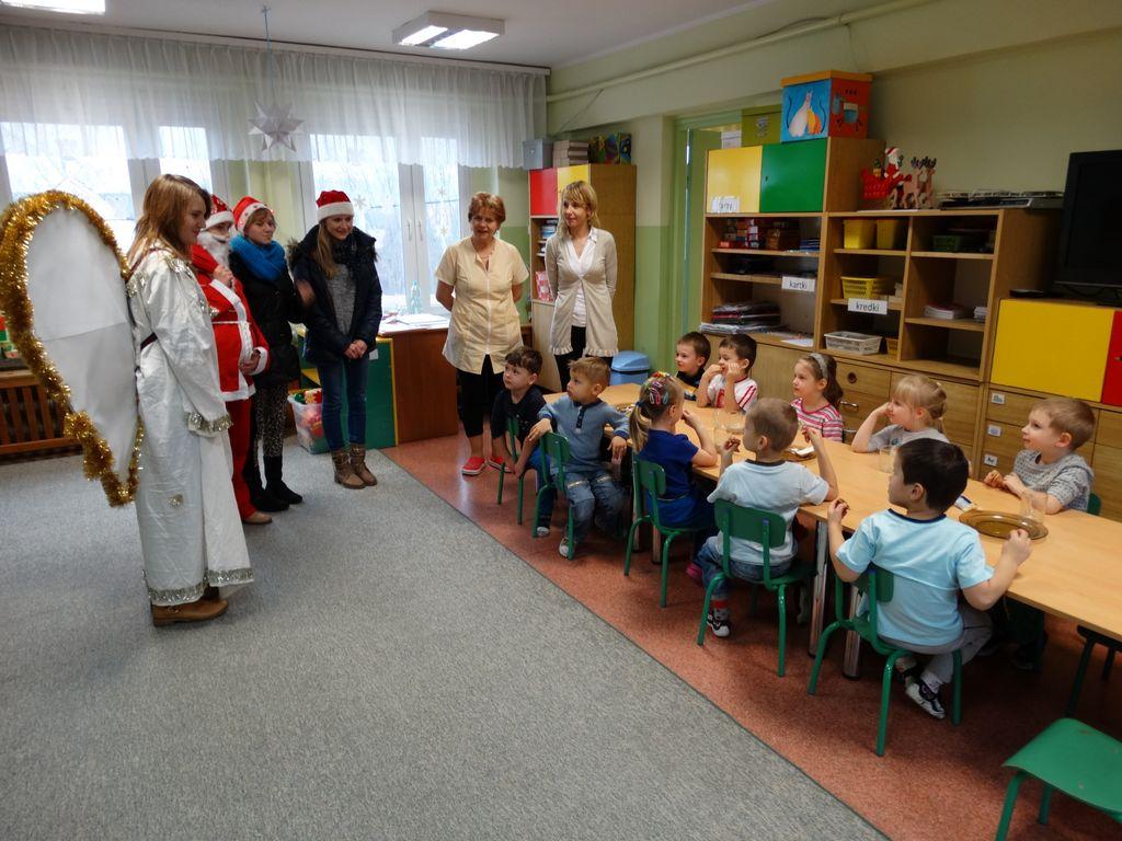 Publiczne Gimnazjum w Zagwiździu_Św.Mikołaj z wizytą w gminie Murów_I.jpeg