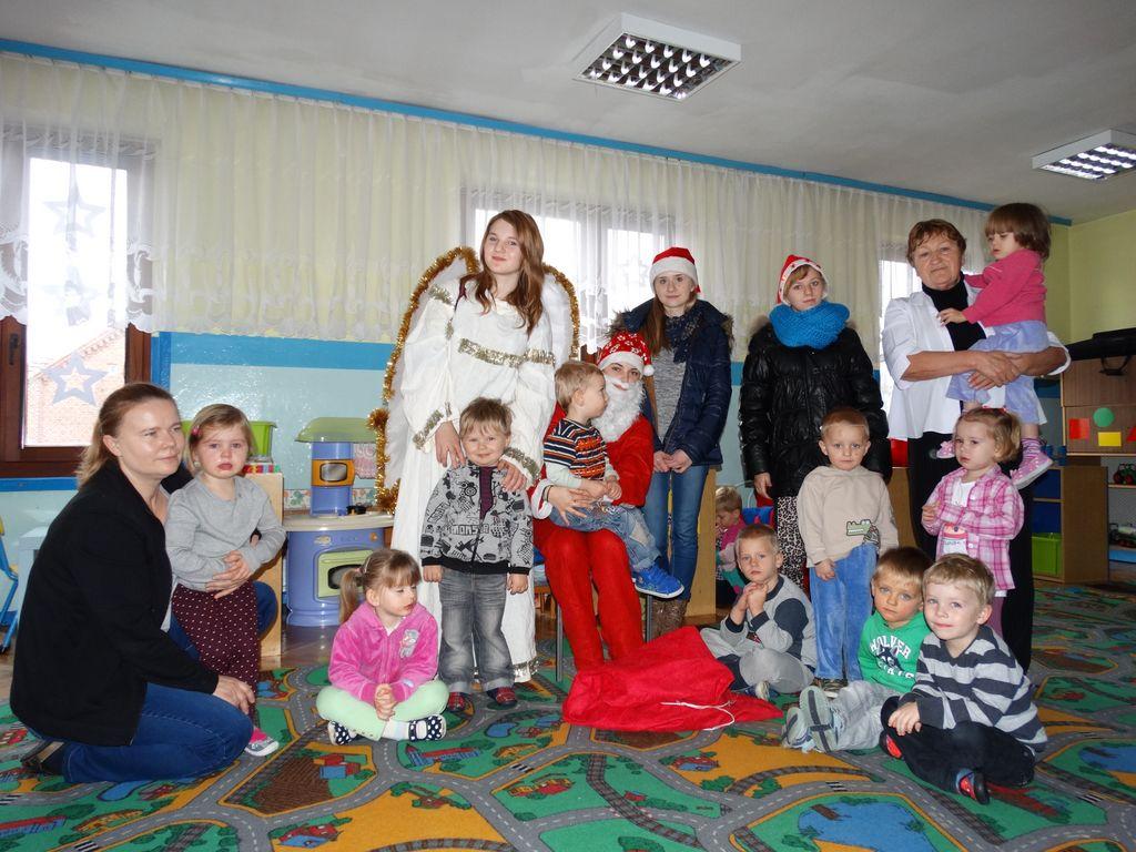 Publiczne Gimnazjum w Zagwiździu_Św.Mikołaj z wizytą w gminie Murów_V.jpeg
