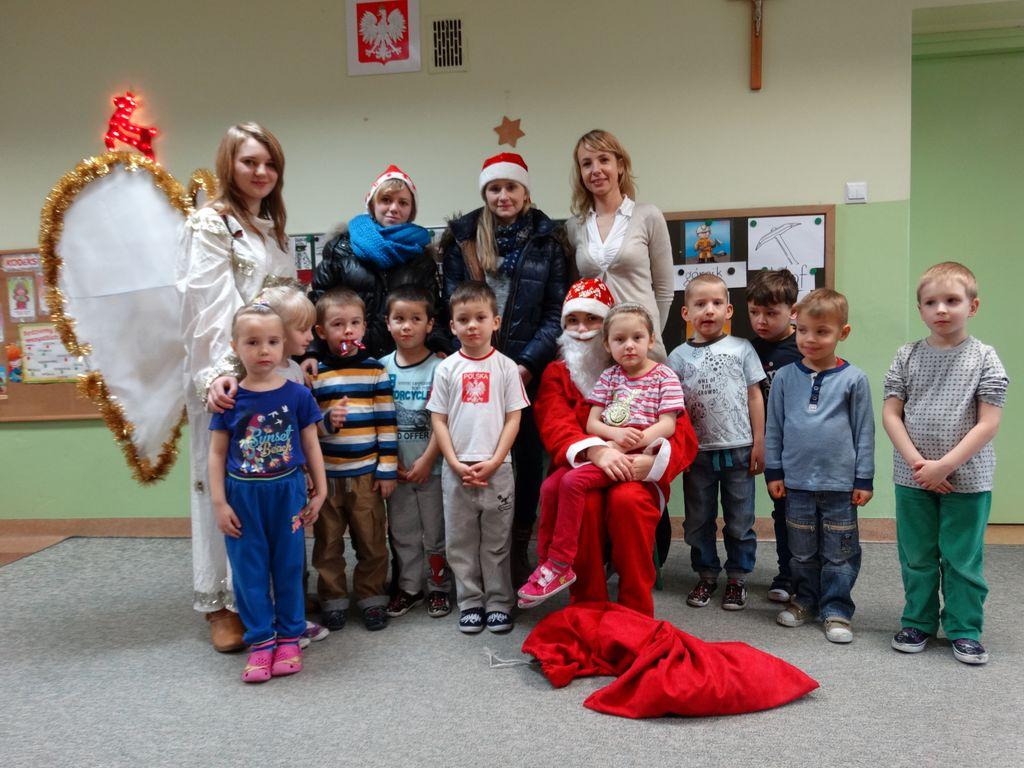 Publiczne Gimnazjum w Zagwiździu_Św.Mikołaj z wizytą w gminie Murów_II.jpeg