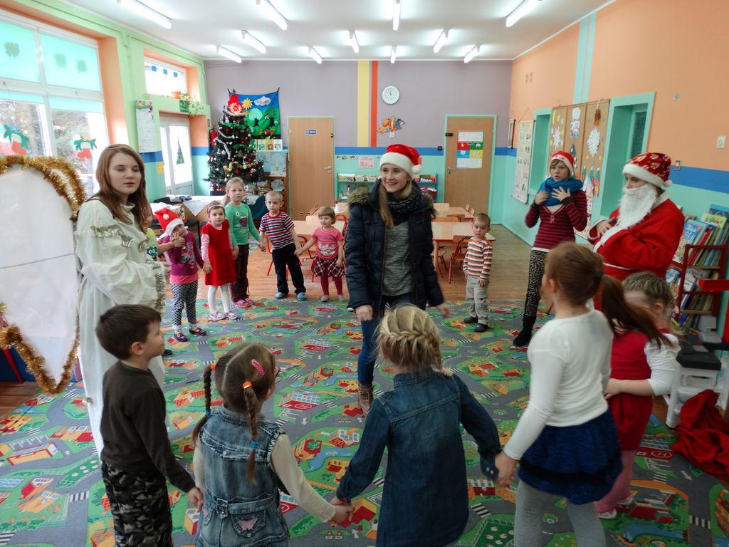 Publiczne Gimnazjum w Zagwiździu_Św.Mikołaj z wizytą w gminie Murów (6).jpeg