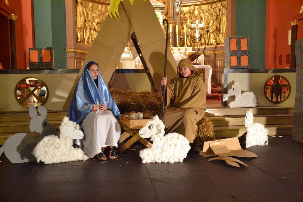 Coroczny Kiermasz Bożonarodzeniowy_PG w Zagwiździu (4) [].jpeg
